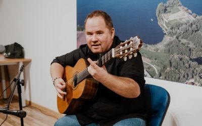 """Koncert pt. """"Piosenki ważne… Kredyt Zaufania"""" w wykonaniu Michała Romela"""